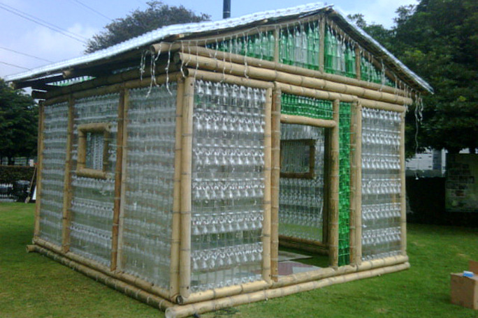 how to build a glass bottle greenhouse