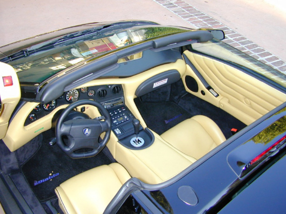 lamborghini diablo info e imagenes autos y motos taringa. Black Bedroom Furniture Sets. Home Design Ideas